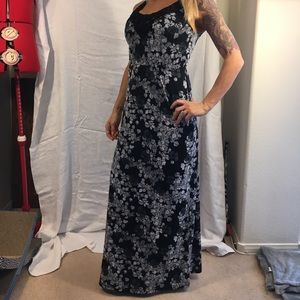 Faded Glory Black and White floor length dress
